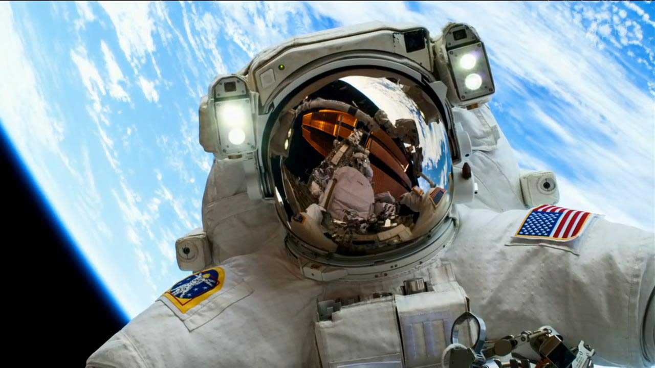 مستند Astronaut Living In Space